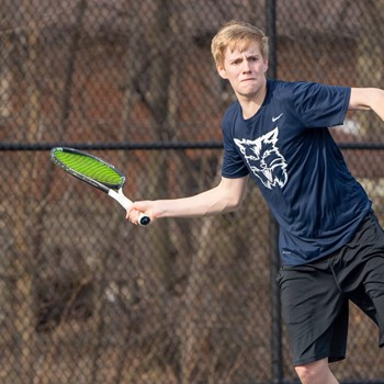 Deucher '20 Sets Standard for Hard Work with Tennis Cats