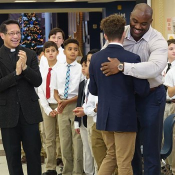Mission Minded: Le'Charles Bentley '98 Launches AMDG Sports