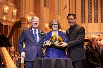Janet E. & Jeffrey T. Leitch '71 Honored with 2018 Magis Award
